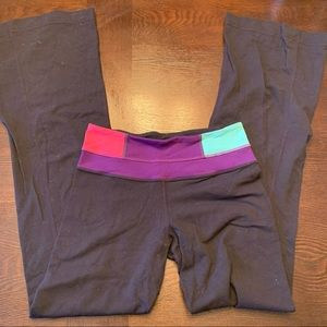 Lululemon ColorBlock Reversible Groove Pants